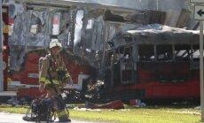Floridas štatā autobusa un kravas mašīnas sadursmē pieci bojā gājušie; 25 ievainotie
