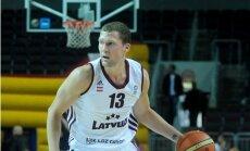 Strēlnieka seši punkti ļauj 'Brose Baskets' tikt pie kārtējās uzvaras Vācijas čempionāta mačos