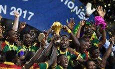 Kamerūnas futbolisti noslēdzošajās minūtēs nodrošina uzvaru Āfrikas Nāciju kausa finālā