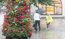 Sestdien vietām īslaicīgi līs