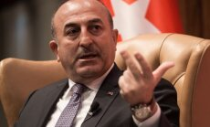 Глава МИД Турции надеется на спад потока беженцев в Европу