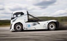 Video: 'Volvo' kravas automobilis pārspējis divus pasaules ātruma rekordus