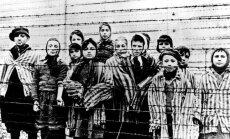 Vācijas prokuratūra apsūdz 94 gadus vecu bijušo Aušvicas sargu