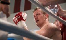 Latvijas bokseris Grišuņins stāsta par veiksmīgi uzsākto profesionāļa karjeru