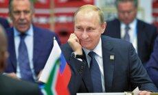 Putins paziņo par vēlmi 'veiksmīgi noslēgt savu karjeru'