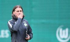 Šmits 'VfL Wolfsburg' galvenā trenera amatā nomaina Jonkeru