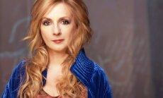 Decembrī Rīgā uzstāsies izcilā īru dziedātāja Moija Brenana