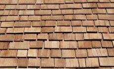Jumta klāšana pēc sentēvu metodēm – lubiņu un lemešu izmantošana
