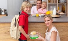 Pilnvērtīgs uzturs un veselīgas uzkodas skolēnam – pavāre par ēdienkartes gudrībām