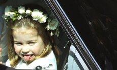 Mazā britu princese Šarlote kāzās apbur pasauli