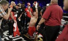Nepārspētais bokseris Vords noslēdz profesionāļa karjeru