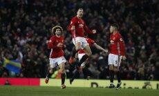 Ibrahimovičs izglābj Mančestras 'United' no zaudējuma pret 'Liverpool'; 'Everton' sagādā Gvardiolam smagāko zaudējumu trenera karjerā