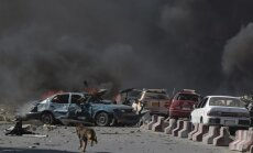 Spēcīgā sprādzienā Kabulas centrā 80 nogalinātie un simtiem cietušo