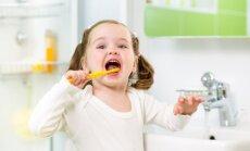Produkti, kas bērniem palīdzēs uzturēt labu zobu veselību