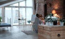 Ciemos: Dzīvoklis vienā istabā jeb Mājīga mansarda paraugdemonstrējums ar skatu uz Ziedoņdārzu
