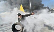 Kijevas pievārtē atrod ieročus, kas tika pavērsti pret demonstrantiem Eiromaidanā
