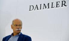 'Dīzeļgeitas' skandāla dēļ 'Mercedes' ražotājs samazina peļņas prognozi