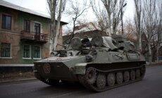 Vairums krievu netic, ka Ukrainā ir Krievijas karavīri; gandrīz puse gribētu, lai viņi tur būtu