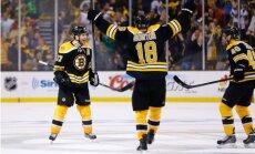 'Bruins' bez Daugaviņa palīdzības iekļūst Austrumu konferences pusfinālā