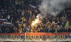 Melnkalnes futbola fani atsakās uzņemties atbildību par nekārtībām spēlē ar Krieviju