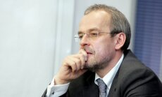 Roberts Zīle: Latvijai nevar būt vienalga par bēgļu uzņemšanu