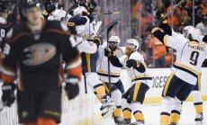 'Predators' hokejisti nonāk vienas uzvaras attālumā no Stenlija kausa fināla