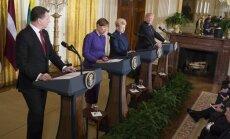 """Опрос: половина латвийцев поставила Вейонису """"двойку"""" за его выступление в Белом доме"""