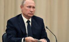 Karš pret teroristiem Sīrijā ir gandrīz beidzies, uzsver Putins