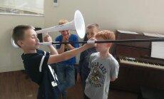 Skolēni aicināti atklāt skaņu pasauli 'Lielajā dzintarā'
