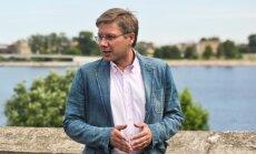 Ушаков обжаловал штраф за русский язык: на Facebook закон Латвии не распространяется