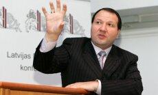Ukrainas tiesa arestē Meļņika īpašumus