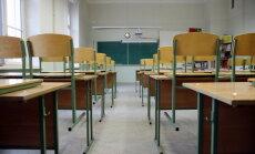 IZM piedāvā ieviest 25 skolēnu minimumu vidusskolas klasē pilsētās un 12 – reģionos
