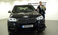 Izsolīs Maira Brieža 'BMW X5' ar numurzīmi 'Boxer'