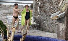 Меркель пятый год подряд занимается хайкингом в одной и той же одежде