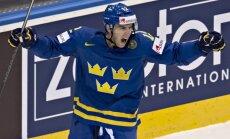 Zviedrijas izlases rezultatīvākais hokejists Lindstrems pārceļas uz NHL