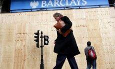 'Barclays' bankas šefs atsakās no vismaz miljonu mārciņu lielas prēmijas