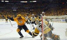 'Predators' NHL finālsērijas trešajā spēlē pārliecinoši uzvar 'Penguins'