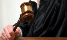 Bijušo RSK vadītāju tiesā par līdzekļu izšķērdēšanu