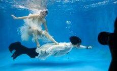 Neparasta māksla - ķīniešu kāzu galerija zem ūdens