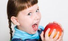 Polijā sākusies sociālā kampaņa 'Ēd ābolus par spīti Putinam'