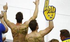 ВИДЕО, ФОТО: Хоккеистов Швеции приняла Королевская семья, в честь победы выпущена марка