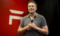 'Tesla' dibinātājs pievienojas uzņēmēju cīņai pret Trampa imigrācijas rīkojumu