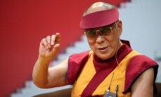 Dalailama Rīgā par Ukrainas krīzi: ar vardarbību iznīcinot ienaidnieku, iespējams iegūt tikai jaunus ienaidniekus