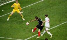 Horvātija pagarinājumā uzvar Angliju un pirmo reizi sasniedz Pasaules kausa finālu