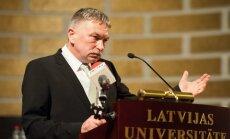 Optimisms ļaus LU pacelties, pārliecināts jaunievēlētais rektors