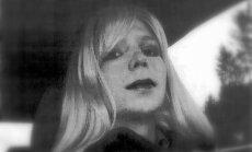 Čelsija Maninga pēc cietumsoda izciešanas turpinās dienestu