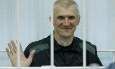 No cietuma atbrīvots Hodorkovska biznesa partneris Ļebedevs