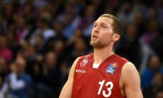 Latviešu basketbolistiem pieticīgs sniegums Eirolīgas spēlēs, pie uzvaras tiekot tikai Strēlniekam
