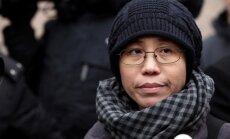 Disidenta Liu atraitnei atļauts pamest Ķīnu; izlidojusi uz Vāciju