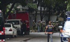 Bangladešā policija nošauj sešus teroristus; nogalināti 20 ķīlnieki
